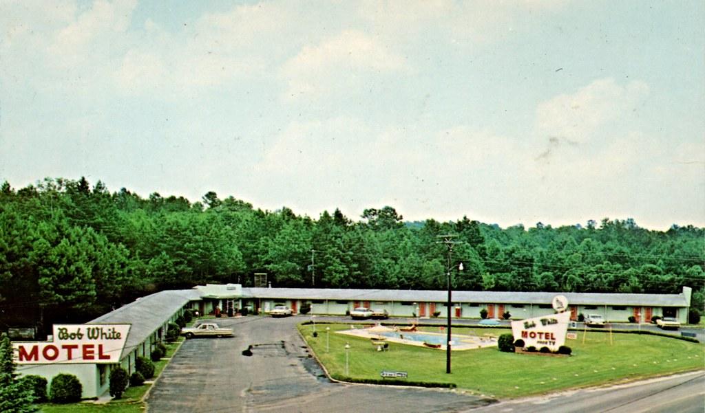 Bob White Motel